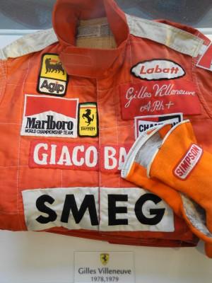 Villeneuve's Suit and Gloves