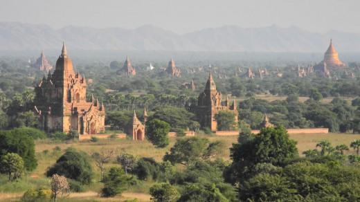 The view from Shwe-san-daw Paya