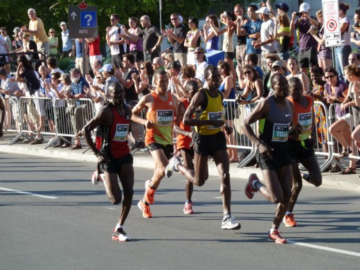 The men at the start of the 10K.