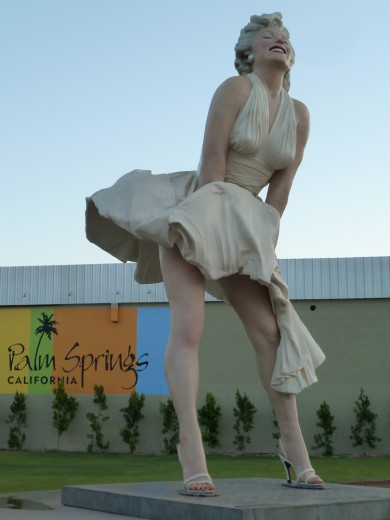 A giant Marilyn statue in downtown Palm Springs.